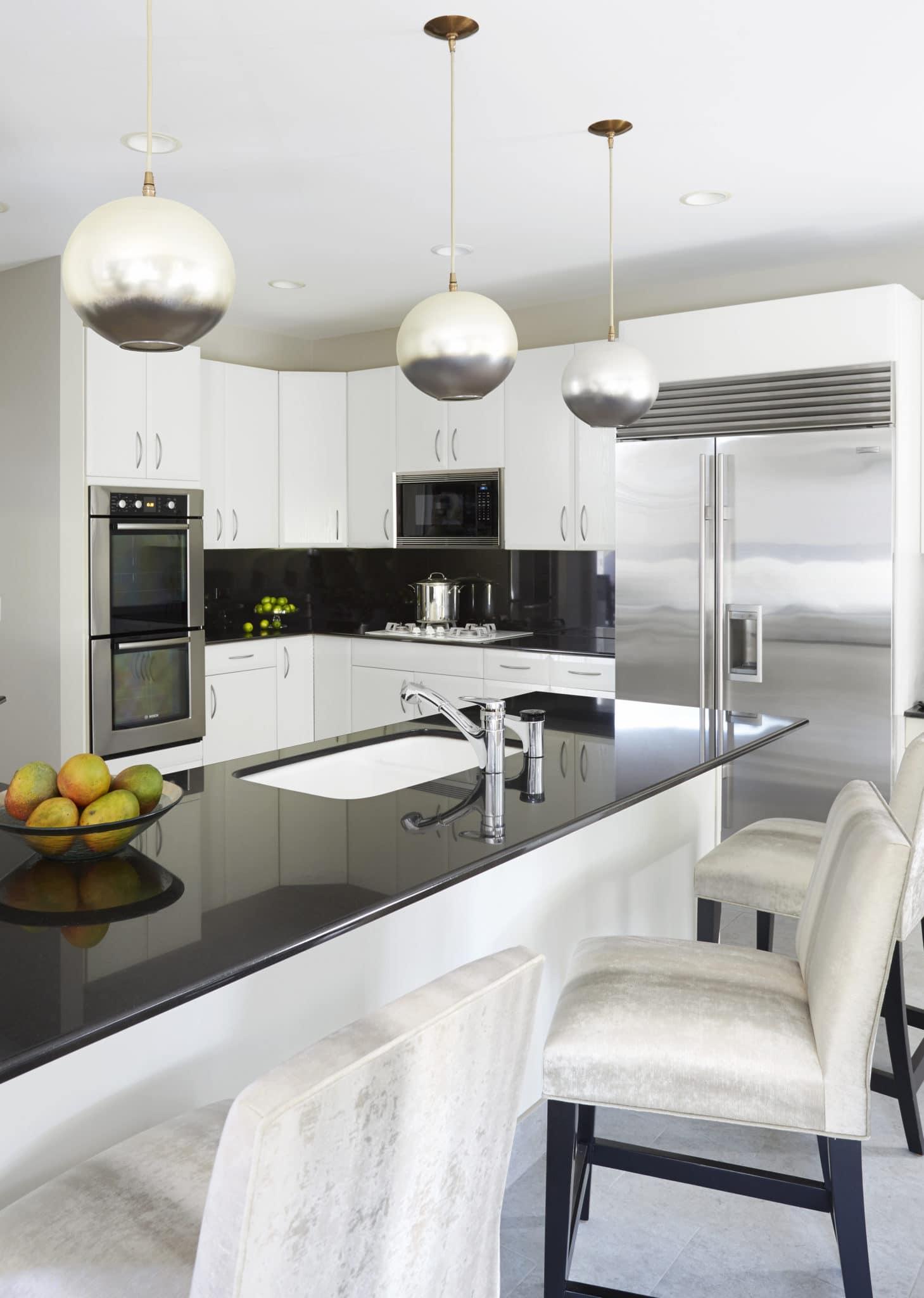 black kitchen island